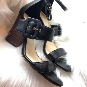 Vince Camuto sandals with heels black leather